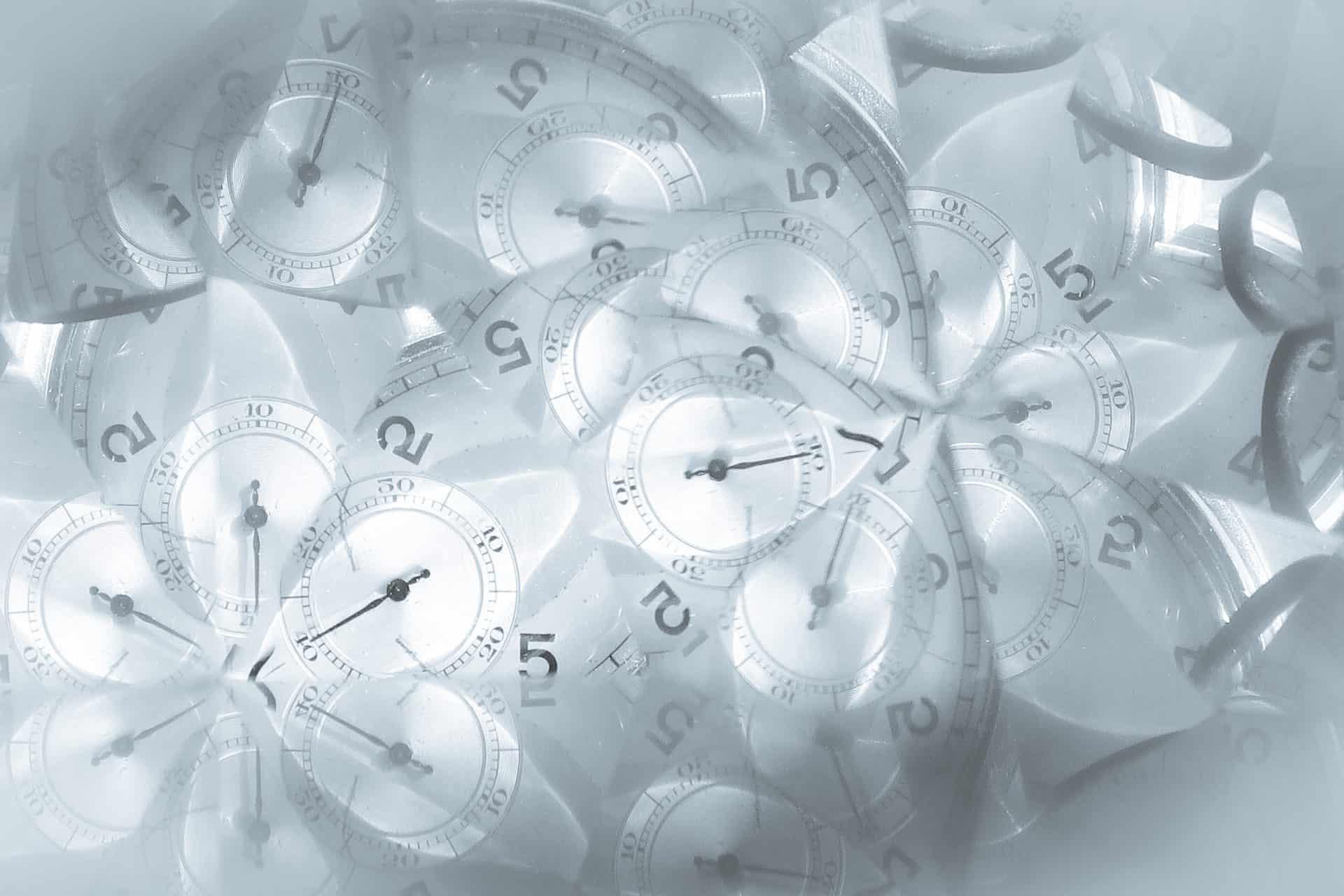 Blog De relativiteit van tijd - Photo by Daniele Levis Pelusi